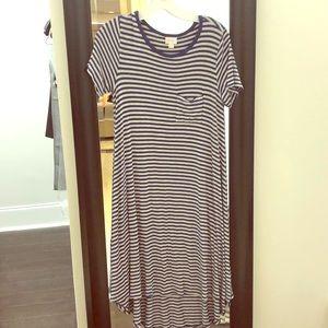 Lularoe Carly navy and gray dress XS